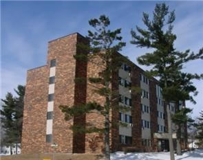 700 4TH ST. 1-2 Beds Apartment for Rent Photo Gallery 1