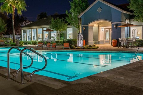 Fairfield Apartments for Rent-Park Crossing Pool