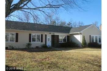 10504 Beechwood Drive 4 Beds House for Rent Photo Gallery 1