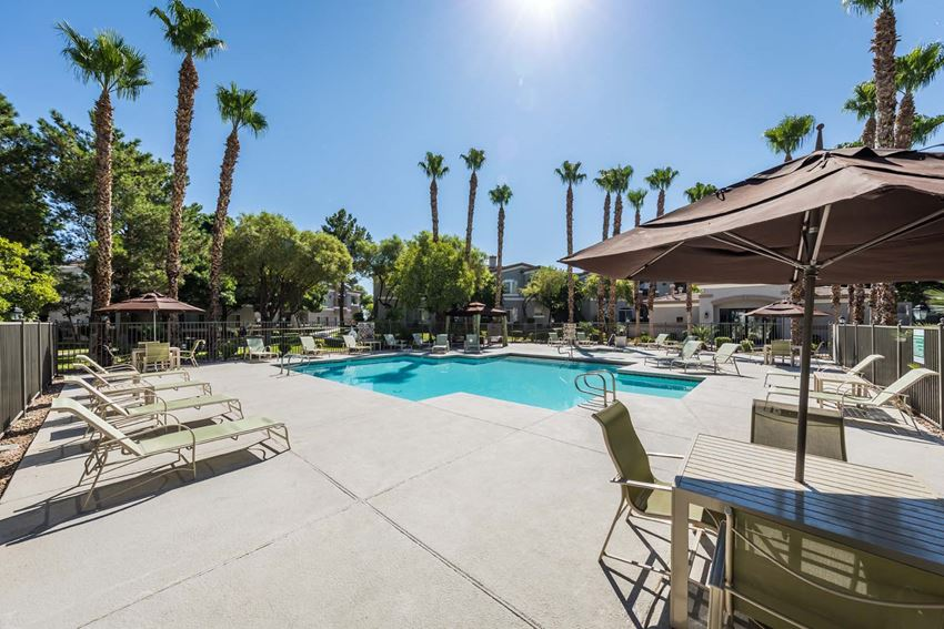 Parkside Villas Apartments | Apartments in Las Vegas | Pool