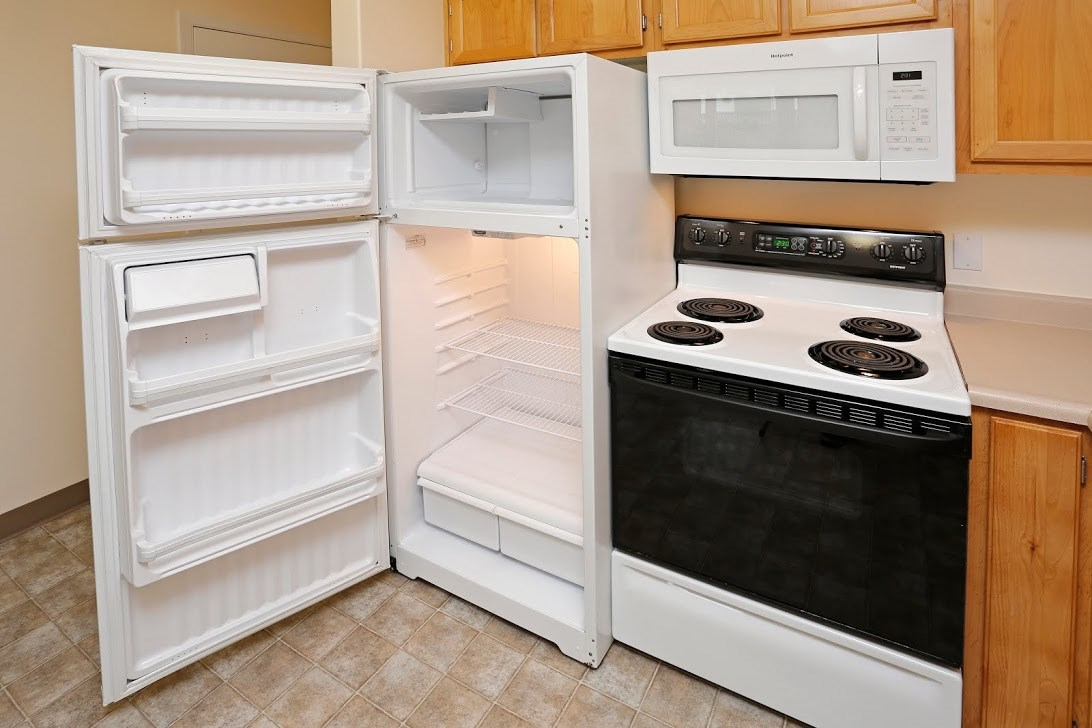 Kitchen appliances l Redwood Commons Apartments McMinnville, OR