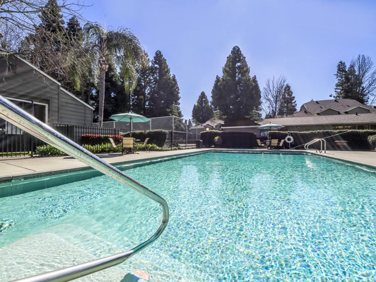 River Terrace Apartments | Two Pools