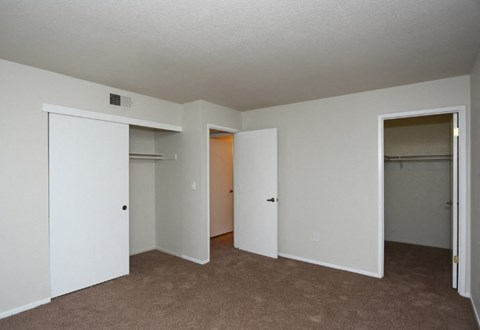 Bedroom at Riverstone apts in Sacramento, CA 95831