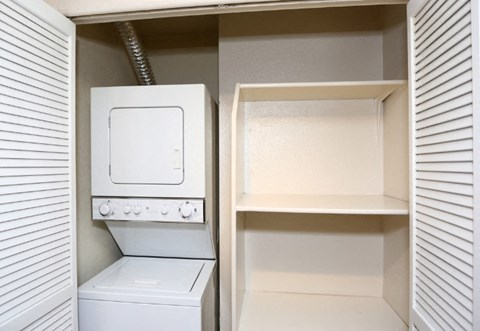 In-unit Washer and Dryer at Riverstone apts in Sacramento, CA 95831