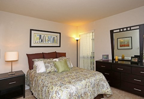 Bedroom at Riverstone apts for rent | Sacramento, CA
