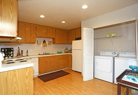 Kitchen at Riverstone apts for rent | Sacramento, CA
