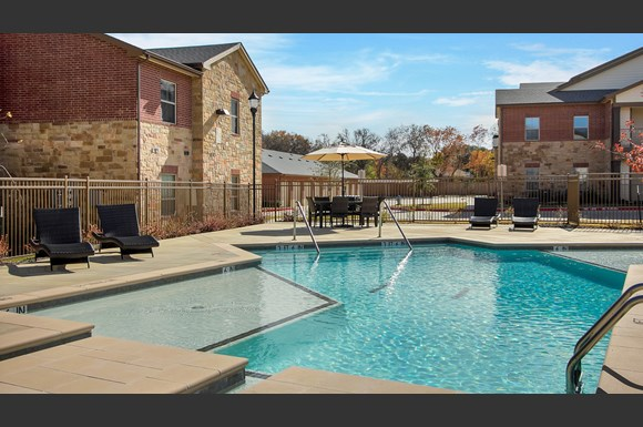 The Lakeshore Apartments, 300 E. Swisher Road, Lake Dallas ...