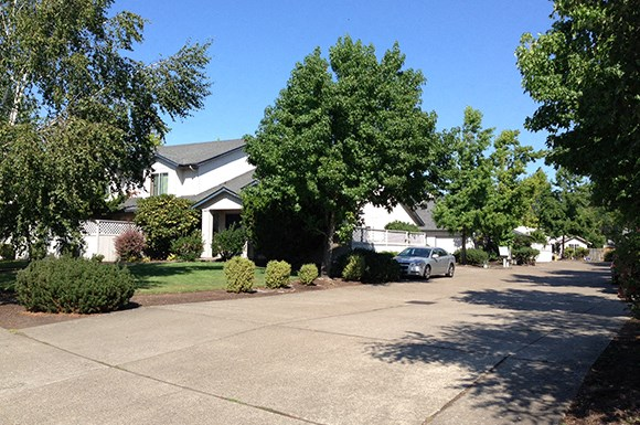 Crescent Gardens Apartments, 2729 Matt Dr, Eugene, OR - RENTCafé