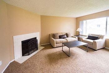 2492-2558 Phipps Lane NE 2-3 Beds Duplex/Triplex for Rent Photo Gallery 1