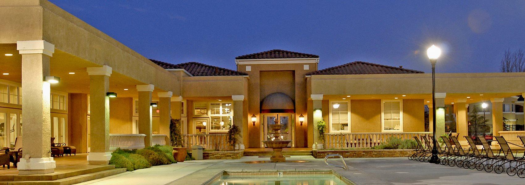 Evening Pool Siena Villas Apts for rent in Elk Grove Ca