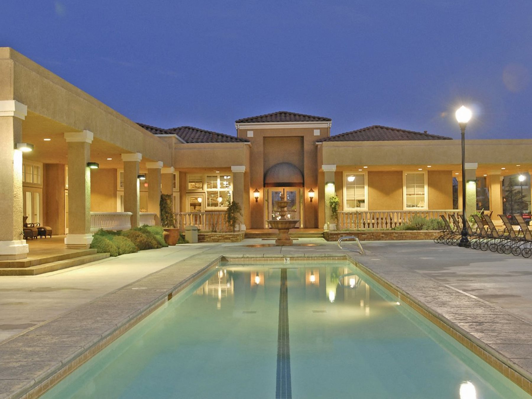 evening pool by clubhouse Elk Grove 95758 Apts for rent l Siena Villas