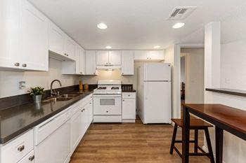 895 Sierra Vista Drive  Studio Apartment for Rent Photo Gallery 1