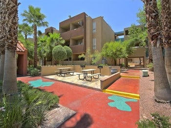 895 Sierra Vista Drive  Studio-2 Beds Apartment for Rent Photo Gallery 1