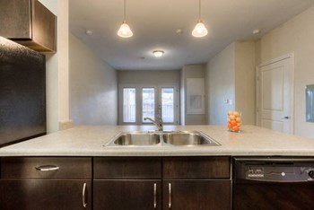 3602 Memorial Blvd 1-2 Beds Apartment for Rent Photo Gallery 1