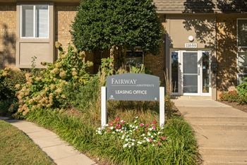11659 North Shore Drive 1-2 Beds Apartment for Rent Photo Gallery 1