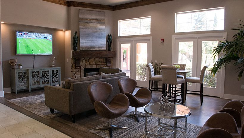 Photos And Video Of Stonelake Apartments Homes In ELK GROVE CA
