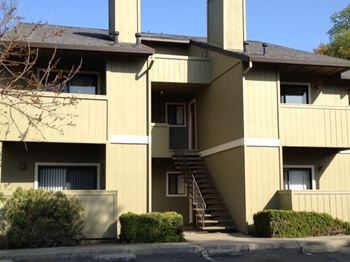 5800 Woodside Drive 1-2 Beds Apartment for Rent Photo Gallery 1