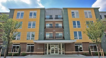 600 Barnes St NE 1-2 Beds Apartment for Rent Photo Gallery 1