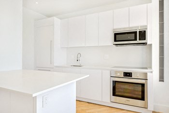 415 Washington Avenue 2-4 Beds Apartment for Rent Photo Gallery 1
