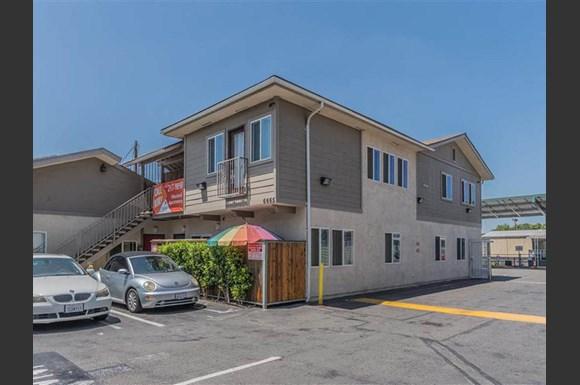 Westland Apartments 6665 Long Beach Blvd Long Beach Ca Rentcafe