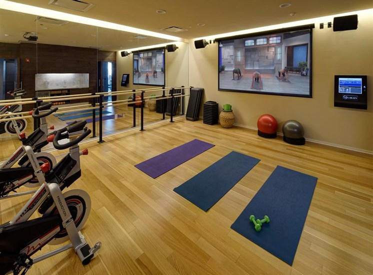 fully outfitted fitness center featuring Fitness on Request  at Catalyst, Chicago, IL,60661