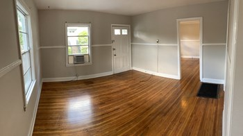 1711 Oxmoor Road 1-2 Beds Apartment for Rent Photo Gallery 1