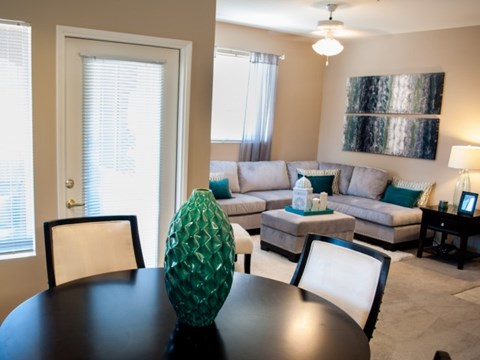 Living room  l Vineyard Gate Apartments in Roseville CA