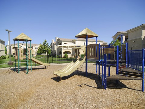 Playground  l Vineyard Gate Apartments in Roseville CA
