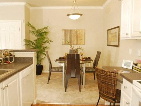 Kitchen and dining Apartments in Modesto, CA l Villas at Villaggio