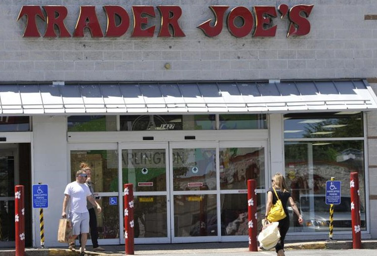 Trader Joes grocery store with customers coming and going - luxury arlington ma apartments