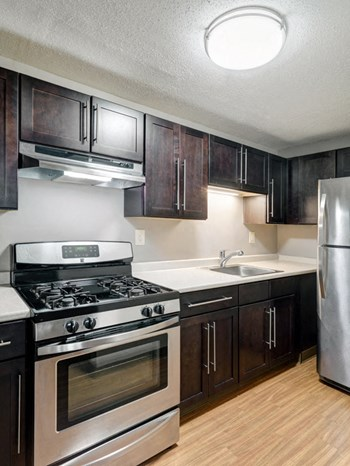341 West Street 1-4 Beds Apartment for Rent Photo Gallery 1