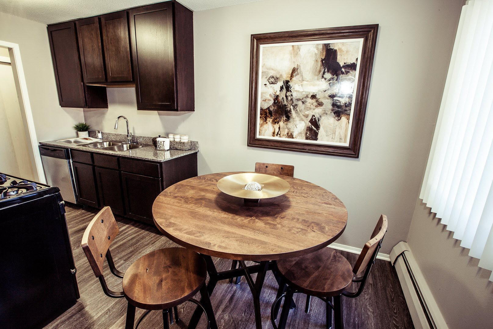 Dining area at Concierge Apartments in Richfield MN