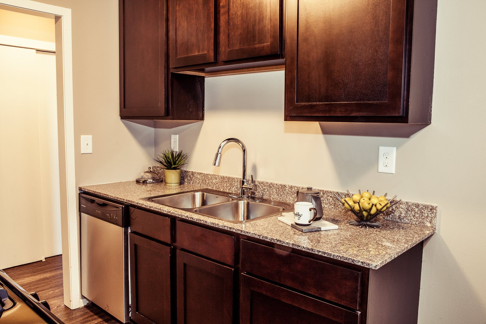 Model kitchen at Concierge Apartments in Richfield MN
