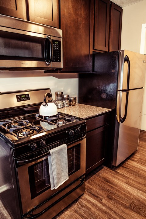 Stainless steel appliances at Concierge Apartments in Richfield MN