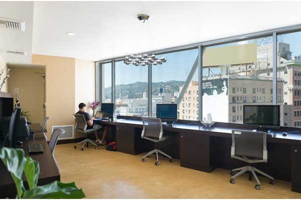 Business Centers with Wi-Fi at 1600 Vine Apartment Homes, Hollywood, CA