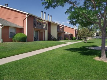810 Western Drive 1-2 Beds Apartment for Rent Photo Gallery 1