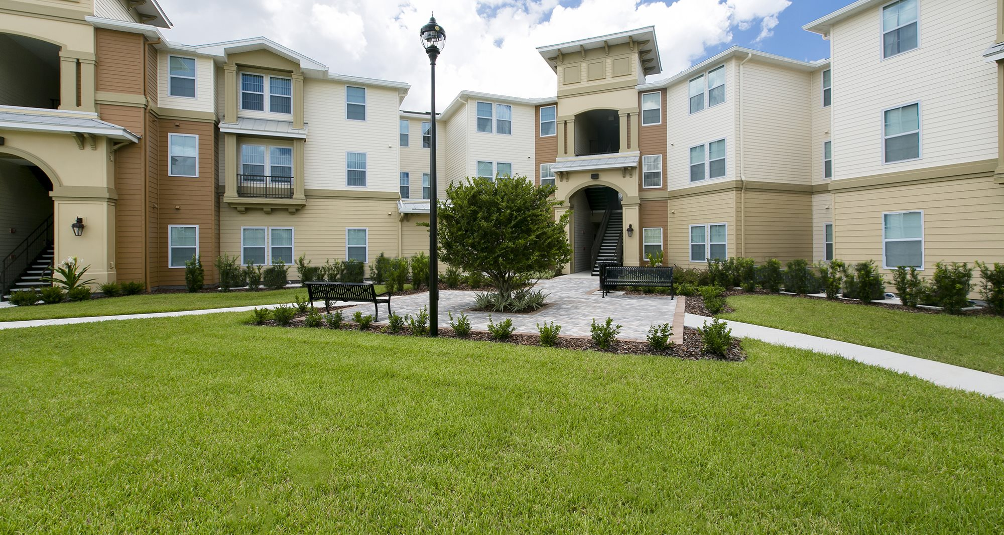 Landstar Park Apartments for rent in Orlando, FL. Make this community your new home or visit other Concord Rents communities at ConcordRents.com. Building exterior