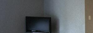 Large living room for hosting at Johnson Med Center in KS