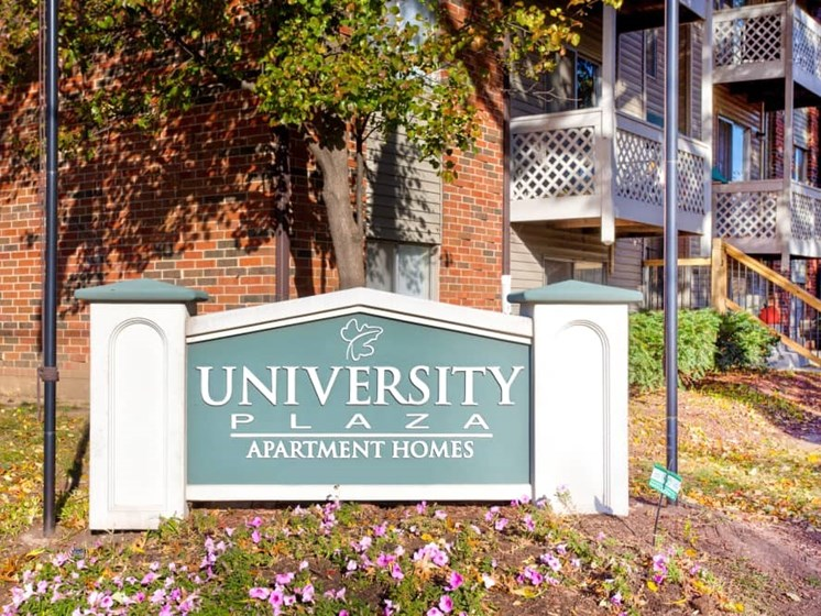 Outdoor picture of sign for University Plaza Apartment Homes