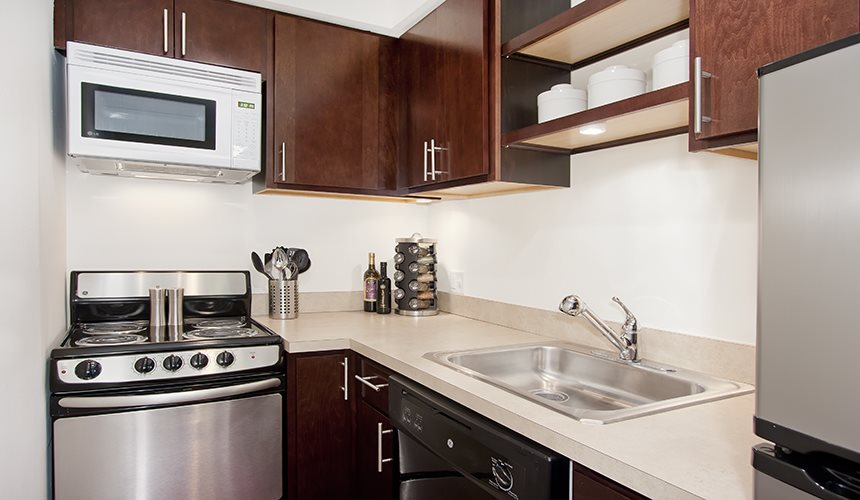 Fully equipped kitchen at Reside at 2727, Chicago, IL,60614