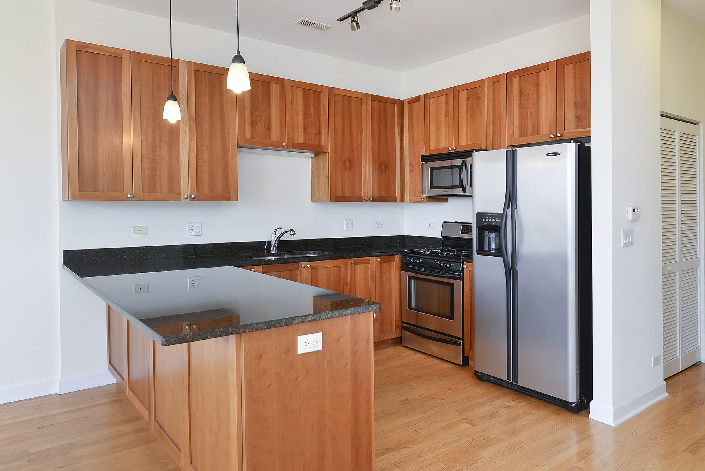 Chef Inspired Kitchen Islands at 1500 N Damen, Chicago, IL,60622
