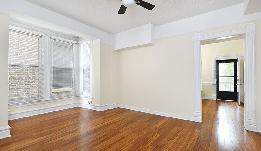 Spacious Interiors at 846 W Armitage, Chicago, IL,60614
