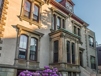 5288 - 5294 Tobin Street Studio-2 Beds Apartment for Rent Photo Gallery 1