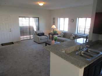 4425 West Rome Blvd 2 Beds Apartment for Rent Photo Gallery 1