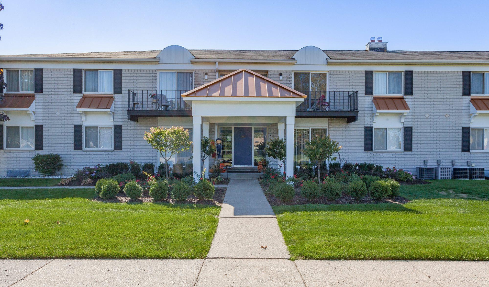 1 Bedroom Apartments For Rent In Westland Mi Bedroom Review Design