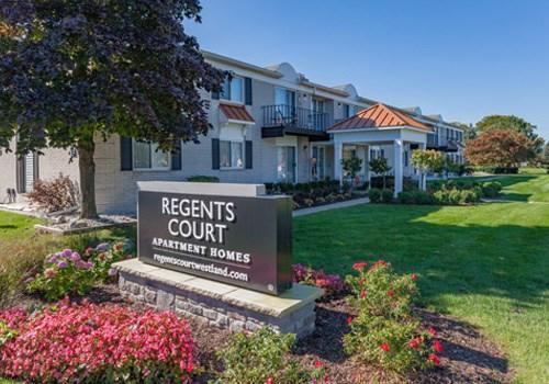 Regents Court - Westland, MI Community Thumbnail 1