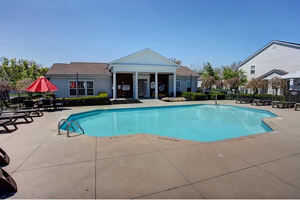 College Park Apartments Pool