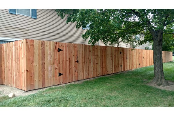 Wooden patio fencing for privacy at Worthington Meadows Townhomes in Columbus, Ohio 43085