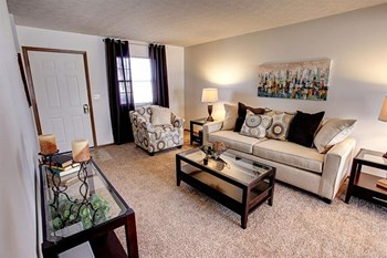699 Wellingshire Blvd 2-3 Beds Apartment for Rent Photo Gallery 1