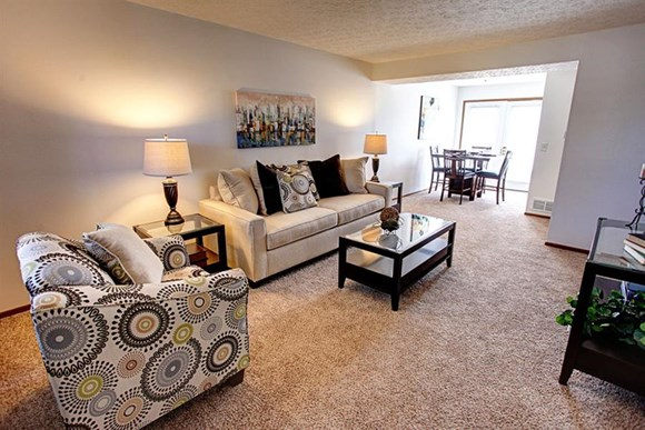 Worthington Meadows Townhomes Living Room